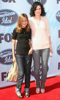 Tallulah Belle Willis and Rumer Willis at the American Idol Season 5 Finale.
