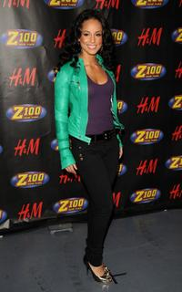 Alicia Keys at the Z100s Jingle Ball 2007.