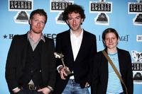 Glen Hansard, Director John Carney and Marketa Irglova at the 2008 Film Independent's Spirit Awards.