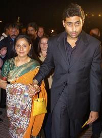Jaya Bachchan and Abhishek Bachchan at the premiere of