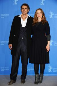 Sebastian Blomberg and Julie Delpy at the photocall of