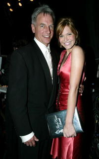 Mark Harmon and singer/actress Mandy Moore at the 30th Annual People's Choice Awards.
