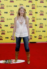 Elisabeth Harnois at the 2005 Teen Choice Awards.