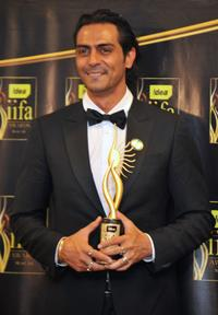 Arjun Rampal at the 2009 International Indian Film Academy Awards ceremony.