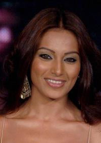 Bipasha Basu at the Provogues Spring-Summer 2005 collection fashion show to promote the music release of