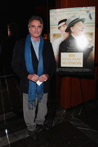 Dan Hedaya at the New York premiere of