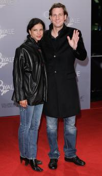 Jackie Brown and Thomas Heinze at the German premiere of