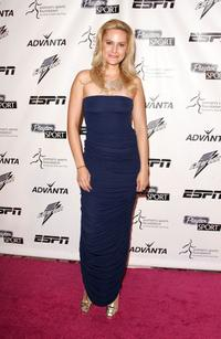 Aimee Mullins at the Women's Sports Foundation's 28th Annual Salute to Women in Sports.