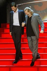 Jeff Bridges and Tod Williams at the 52nd San Sebastian International Film Festival.