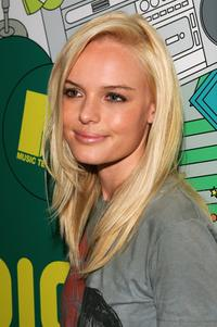 Kate Bosworth at the MTV's Total Request Live.