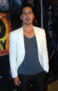 Dino Morea at the premiere of Acid Factory in Mumbai.
