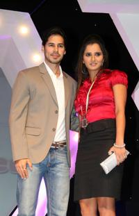 Dino Morea and Sania Mirza at the Award Function in Mumbai.