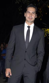 Dino Morea at the Filmfare Awards Ceremony.