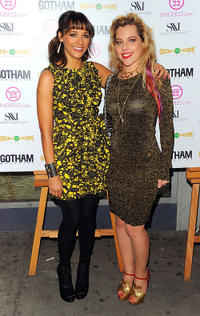 Rashida Jones and Meital Dohan at the New York premiere of