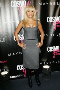 Eve at the CosmoGirl's Born To Lead Awards.
