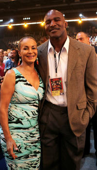 Jochi Sauerland and Evander Holyfield at the WBA Heavyweight Championship in Germany.