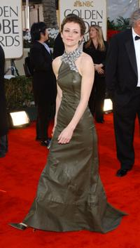 Leslie Hope at the 59th Annual Golden Globe Awards.