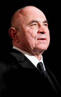 Bob Hoskins at London premiere for the photocall of