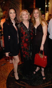 Juliet Landau, Barbara Bain and Susie Landau-Finch at the Los Angeles premiere of