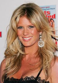Rachel Hunter at the 2006 Sports Illustrated Swimsuit Issue unveiling event.