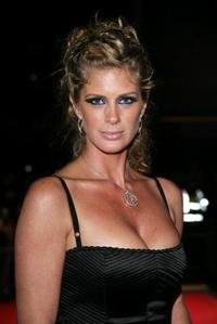 Rachel Hunter at the 2006 World Music Awards.