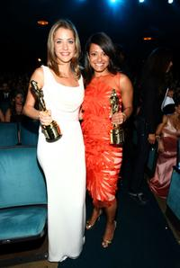Julie Gonzalo and Judy Reyes at the 2008 ALMA Awards.