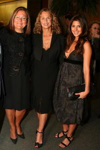 Lauren Hutton, Fern Mallis and Jamie Lynn Sigler at the Scottsdale National Launch Party with India.Arie.
