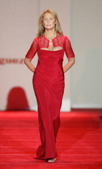 Lauren Hutton at the Red Dress Fall 2007 fashion show during Mercedes-Benz Fashion Week.