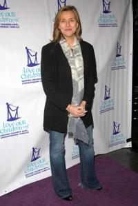 Meredith Vieira at the Fifth Annual National Love Our Children Day.