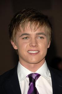 Jesse McCartney at the 2006 American Music Awards.