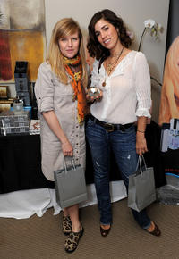 Ashley Jensen and Ana Ortiz at the 2011 DPA Golden Globes Gift Suite in California.