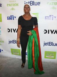 India.Arie at the VH1 Divas after party.