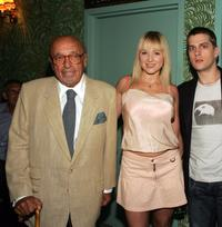 Ahmet Ertegun, Jewel and Rob Thomas at the Sidewalk Angels Foundation Benefit.