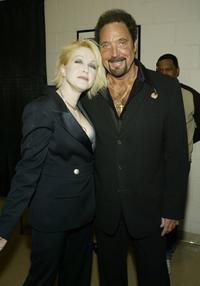 Tom Jones and Cyndi Lauper at the 7th Annual VH1