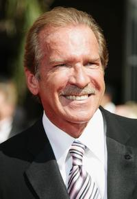 Pat O'Brien at the 58th Annual Primetime Emmy Awards.