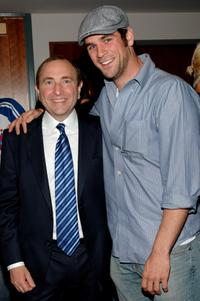 Gary Bettman and Eddie Cahill at the Game Five of 2007 NHL Stanley Cup Finals.