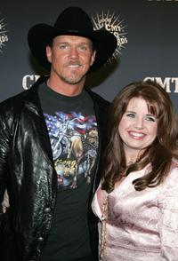 Trace Adkins and Guest at the 2006 CMT Music Awards.