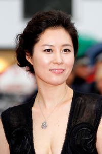 Moon So-ri at the premiere of