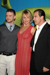 Antonio Banderas, Justin Timberlake and Cameron Diaz at the premiere of