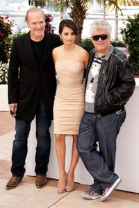 Lluis Homar, Penelope Cruz and Pedro Almodovar at the photocall of
