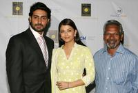 Abhishek Bachchan, Aishwarya Rai Bachchan and Mani Ratnam at the screening of