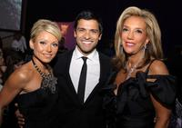 Kelly Ripa, Mark Consuelos and Denise Rich at the 2007 Angel Ball sponsored by LEVIEV.
