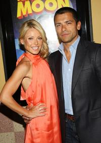 Kelly Ripa and Mark Consuelos at the special screening of