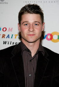 Benjamin McKenzie at the unveiling of Robert Wilson's
