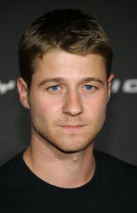 Benjamin McKenzie at the Launch Party For Sony Computer Entertainment America Playstation 3.