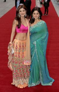 Shilpa Shetty and sister Shamita shetty at the world premiere of