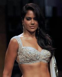 Sameera Reddy at the Lakme Fashion Week(LFW) 2009.