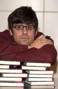 Mo Rocca at the signing of his new book