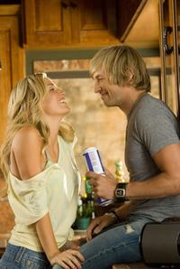 Willa Ford as Chelsea and Ryan Hansen as Nolan in