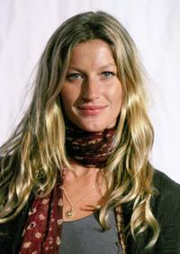 Gisele Bundchen at the private performance of Cirque Du Soleil's